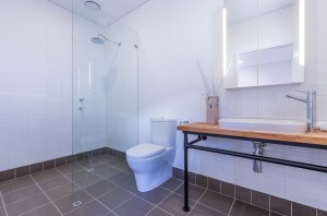 White Road ensuite